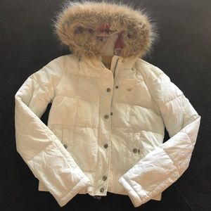 White Hollister Hooded Fur Puffer Jacket